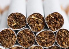 Cigarro favorece a formação de coágulos e aumenta risco de infarto