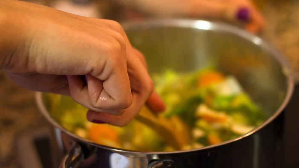 panela cozinhando